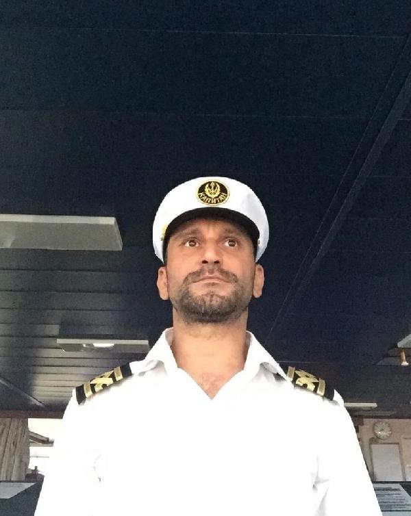 İspanya'da gemide ölen Türk kaptan, Giresun'da son yolculuğa uğurlandı