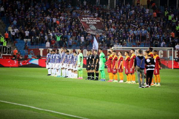 Trabzonspor geri düşdüğü rakibi ile 2-2 berabere kaldı
