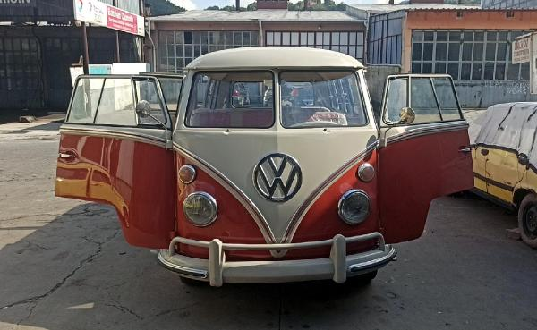 Almanya'dan getirilen 1964 model minibüs, 350 bin liraya yenilendi